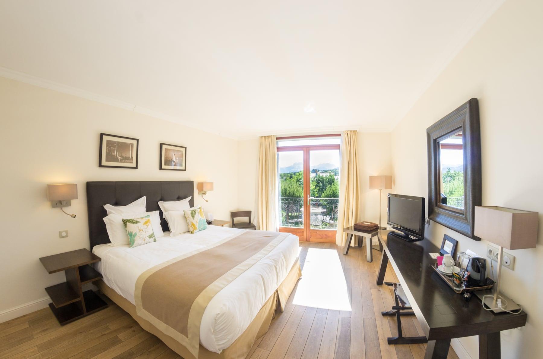 chambre hotel barcelonnette